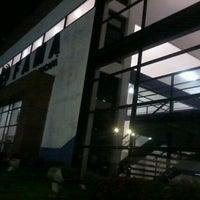 Foto tirada no(a) Faculdade de Macapá - FAMA por Fabio P. em 9/1/2012