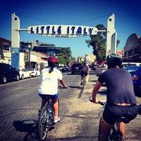 8/19/2012 tarihinde Andre L.ziyaretçi tarafından Little Italy'de çekilen fotoğraf