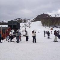 Foto tirada no(a) Chapelco Ski Resort por Fabio H. em 8/6/2012