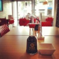 3/9/2012にLau L.がSushi Store Expressで撮った写真