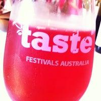 3/11/2012 tarihinde Vicki P.ziyaretçi tarafından Taste of Sydney'de çekilen fotoğraf