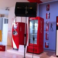 รูปภาพถ่ายที่ Design Museum Gent โดย Isabelle U. เมื่อ 1/17/2012