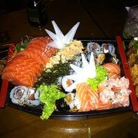 Foto scattata a Hachi Japonese Food da Renatta P. il 1/11/2012