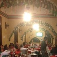 Foto diambil di Piolin Cantina e Pizzaria oleh Osvaldo B pada 6/18/2012