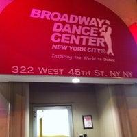 3/16/2011 tarihinde Karin R.ziyaretçi tarafından Broadway Dance Center'de çekilen fotoğraf