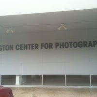 Foto scattata a Houston Center for Photography da Joseph E. il 1/23/2012
