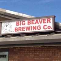 Foto tirada no(a) Big Beaver Brewing Co por Bill C. em 3/31/2012