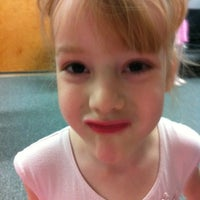 Das Foto wurde bei Ashburn Academy of Ballet von Beth W. am 4/28/2012 aufgenommen