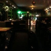 11/27/2011にQuaidesbananes Q.がJungle Cityで撮った写真