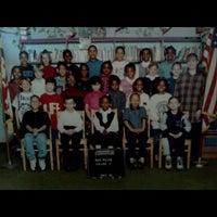 Снимок сделан в Arrowhead Elementary School пользователем Rodney T. 9/9/2011