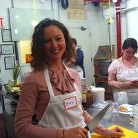 Foto tomada en Natural Gourmet Institute por Jody M. el 1/13/2012