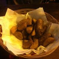 1/12/2012 tarihinde Shahab Y.ziyaretçi tarafından Atashkadeh Restaurant & Bar'de çekilen fotoğraf