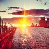 Foto tomada en Brooklyn Bridge Park - Pier 6 por Chris K. el 6/27/2012