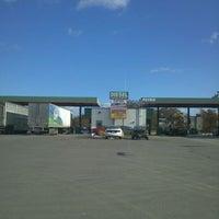 10/31/2011にMichael R.がPetro Travel Plazaで撮った写真