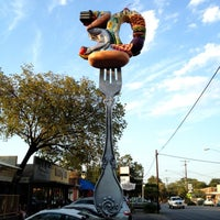 Das Foto wurde bei Hyde Park Bar & Grill von Mitch Y. am 9/1/2012 aufgenommen