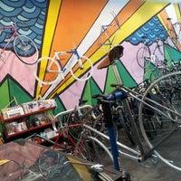 11/7/2011にMichelle M.がTransit Bicycle Co.で撮った写真