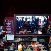 Das Foto wurde bei Ace's Bar von Yelena G. am 2/5/2012 aufgenommen