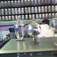 Das Foto wurde bei Eterni-Tea von HElio A. am 5/7/2012 aufgenommen