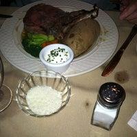 Das Foto wurde bei The Clinton House Restaurant & Bakery von Frances T. am 7/8/2012 aufgenommen