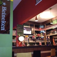 3/31/2012 tarihinde Amanda R.ziyaretçi tarafından Bar Brejas'de çekilen fotoğraf