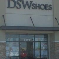 DSW Designer Shoe Warehouse - Zapatería