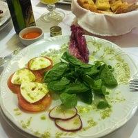 Снимок сделан в Spaghetti Notte пользователем Camila M. 4/7/2012
