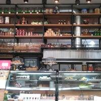 Photo prise au Caffé Toscano par Rodrigo M. le8/20/2012