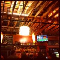 Снимок сделан в Laurelwood Public House & Brewery пользователем Kyle L. 7/20/2012