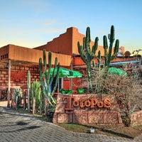 4/30/2012にRicardo C.がTotopos Gastronomia Mexicanaで撮った写真