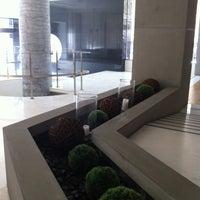 รูปภาพถ่ายที่ Hotel Olympia Thessaloniki โดย Κωνσταντίνος Π. เมื่อ 4/8/2012