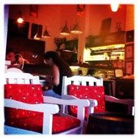 8/31/2011 tarihinde Harun Y.ziyaretçi tarafından Ada Cafe'de çekilen fotoğraf
