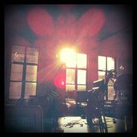 Снимок сделан в Projective Space пользователем Van S. 1/13/2012