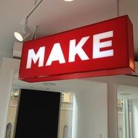Снимок сделан в MAKE Business Hub пользователем Clint W. 12/28/2011