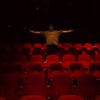 Foto tomada en Brenden Theaters por Nichole S. el 11/5/2011