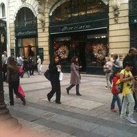 Photo prise au Guerlain par Clemence B. le6/19/2012