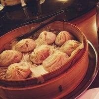 Снимок сделан в Joe's Shanghai 鹿嗚春 пользователем Diego Z. 9/6/2012