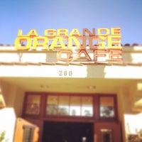 10/29/2011にGabe W.がLa Grande Orange Cafeで撮った写真