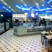 Foto tirada no(a) Yesterday American Diner por ivan r. em 11/8/2011