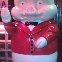 Foto diambil di Rudy's Bar & Grill oleh Raul C. pada 10/10/2011