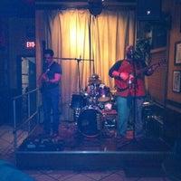 Foto diambil di Bull Bar oleh Mark V. pada 1/15/2012