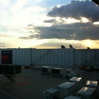 Photo taken at Gate G15 by 🦄 . on 8/19/2012