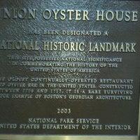รูปภาพถ่ายที่ Union Oyster House โดย Gary K. เมื่อ 8/22/2011