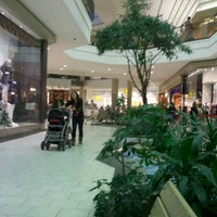 markville mall shoes