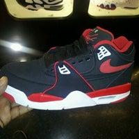 Sneaker Villa Shoe Store In Philadelphia