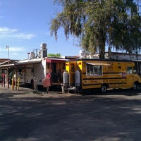 Foto tirada no(a) Taco Bus por Raven M. em 2/13/2012