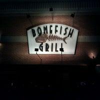 Foto tirada no(a) Bonefish Grill por Terry M. em 3/18/2011