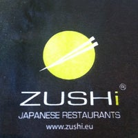 รูปภาพถ่ายที่ Zushi โดย luca m. เมื่อ 7/13/2012