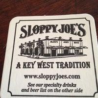 Foto diambil di Sloppy Joe's Bar oleh Alice V. pada 5/27/2012