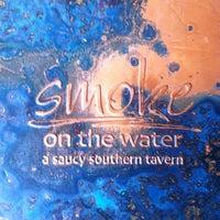 Foto tomada en Smoke on the Water por Chip L. el 5/8/2012