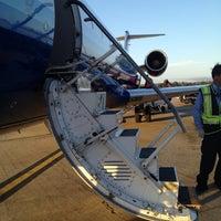Das Foto wurde bei Monterey Regional Airport (MRY) von Minji J. am 4/23/2012 aufgenommen